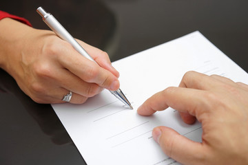 Как раздел общего имущества супругов может быть произведен в случае развода. Образец соглашения.
