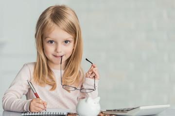 Как выделить доли детям по нотариальному обязательству